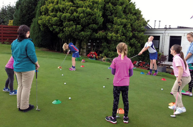 Free coaching sessions for girls prove a hit at Paisley