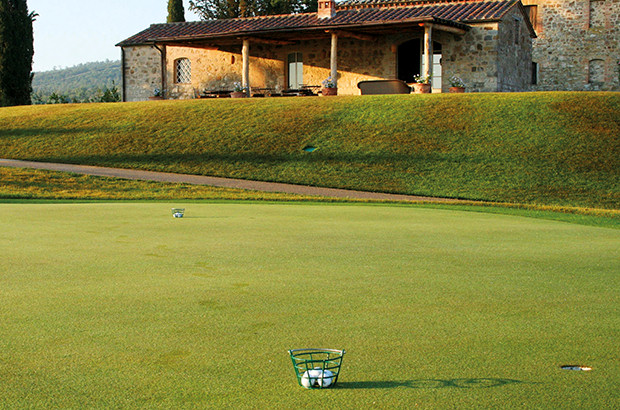 Luxury Tuscan resort re-develops clubhouse