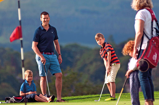 Clubs urged to fill membership gap through Get into Golf scheme